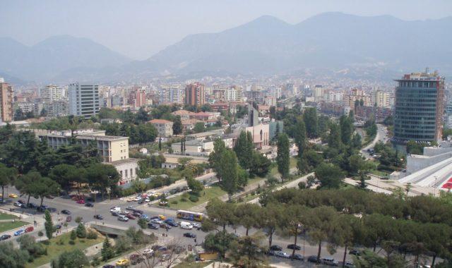 Barometri i Ballkanit 2021: Shqiptaret më pesimistët në Rajon për të ardhmen
