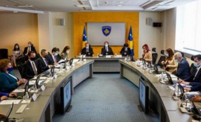 Qeveria e Kosovës miraton heqjen e leje qëndrimit të përkohshëm me Shqipërinë