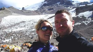 Marisa Strydom en haar man, Rob Gropel, in Nepal.