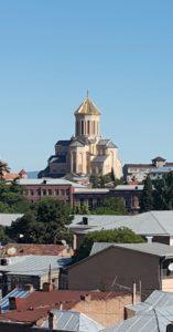 Hierdie is die hoofkerk van Tbilisi, Georgië waar die Patriarg van die Ortodokse Kerk van Georgië diens doen.