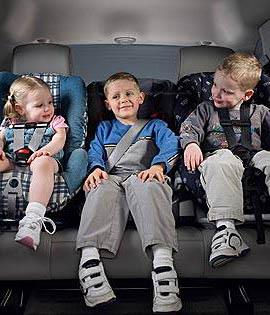 Woelige kinders op reis