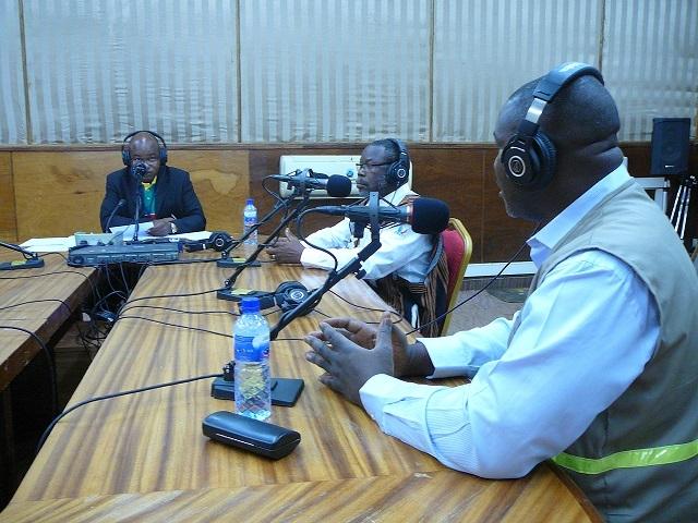debat radio 2bon
