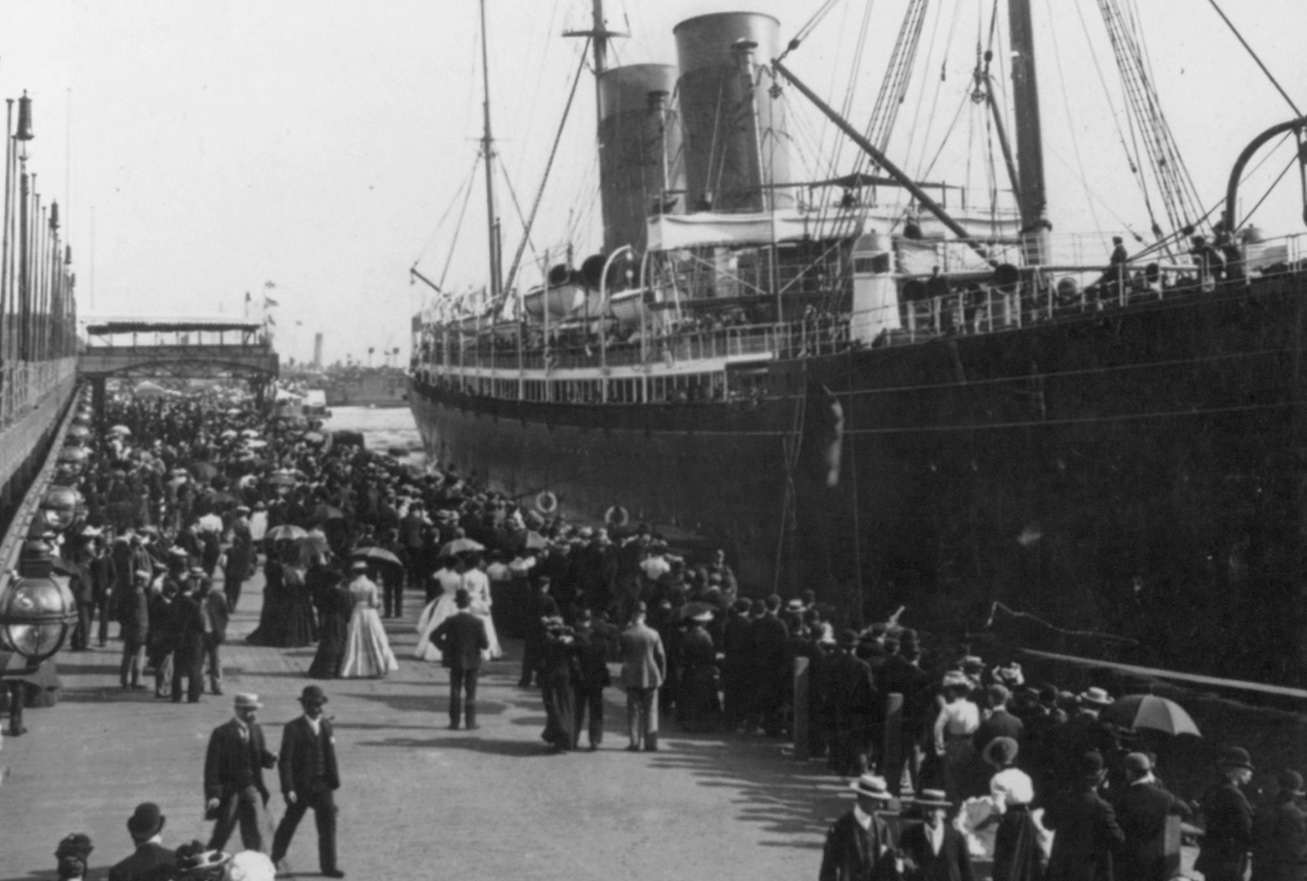 Irishmen emigrating instead of enlisting condemned