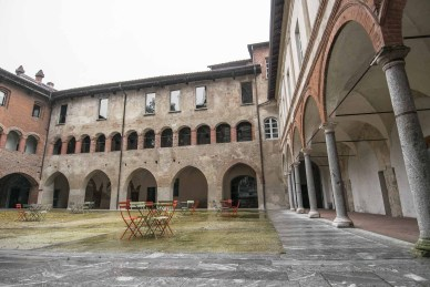 Cortile interno del Broletto
