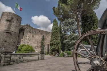 La Rocca, particolare del piazzale