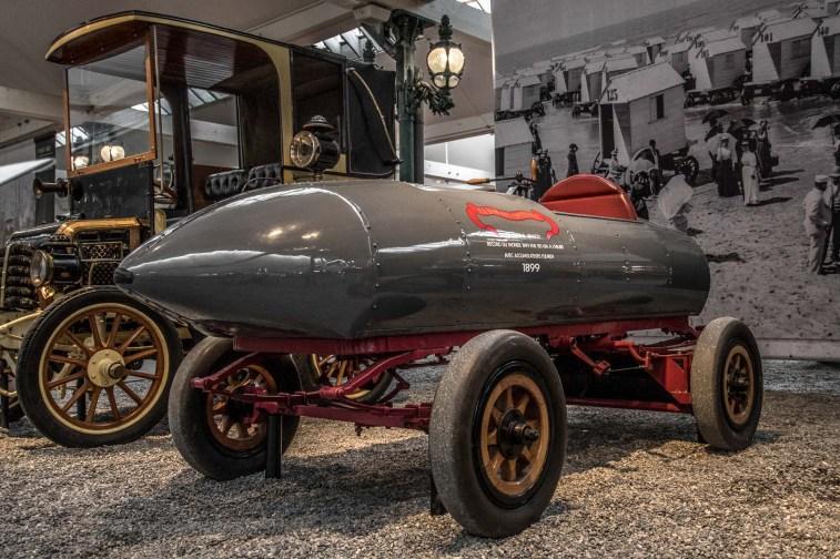 Jamais Contente - La prima auto che superò la soglia dei 100 Km/h nel 1899