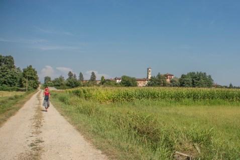 In cammino verso la Badia di Dulzago