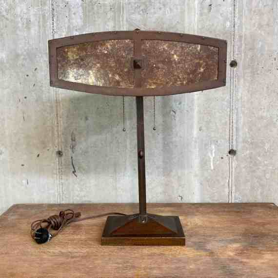 Bronze and Mica Arts and Crafts Desk Lamp – 1