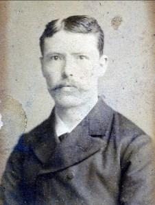 1884, Arnold der Kinderen, 27 ans