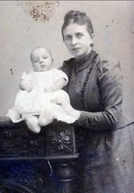 1891, Frans der Kinderen avec sa mère Johanna (Moe)