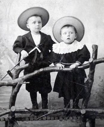 1895, François (1891) et Onkel (1892) der Kinderen