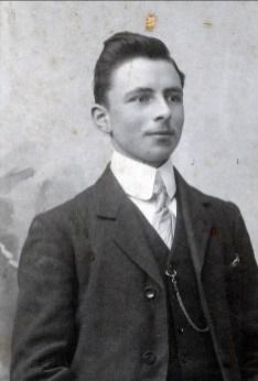 1909, François der Kinderen en Belgique avant son départ pour Montréal en octobre 1909
