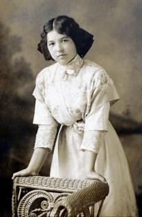 1912, Germaine Fournier à 16 ans