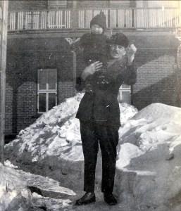 1919, Jeanne avec son père François