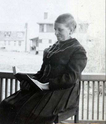 1919, Johanna Bensdorp (Moe)
