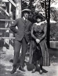 1919, Onkel à Détroit