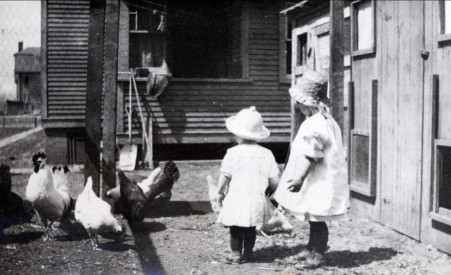 1921, Henriette avec Jeanne