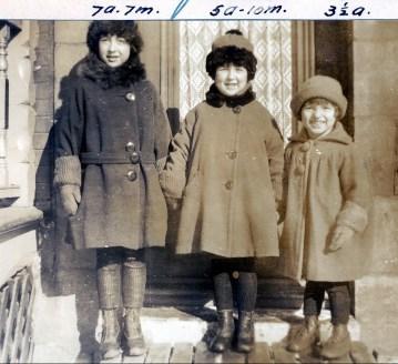 1925, Jeanne, Henriette et Gaby de Kinder