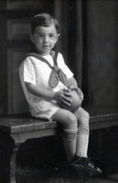 1927, Louis de Kinder