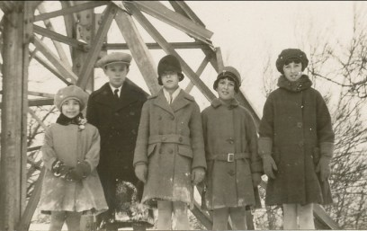 1929, Gaby, Charles et Rita Fournier, Henriette et Jeanne