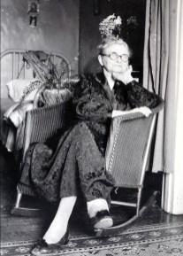 1932, Moe en convalescence