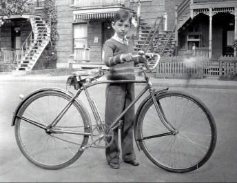 1934, Louis de Kinder
