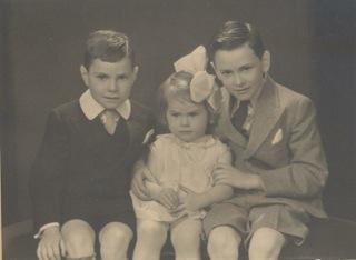 1934, approx Maurice, Hilda, Micheal Earle Rochford