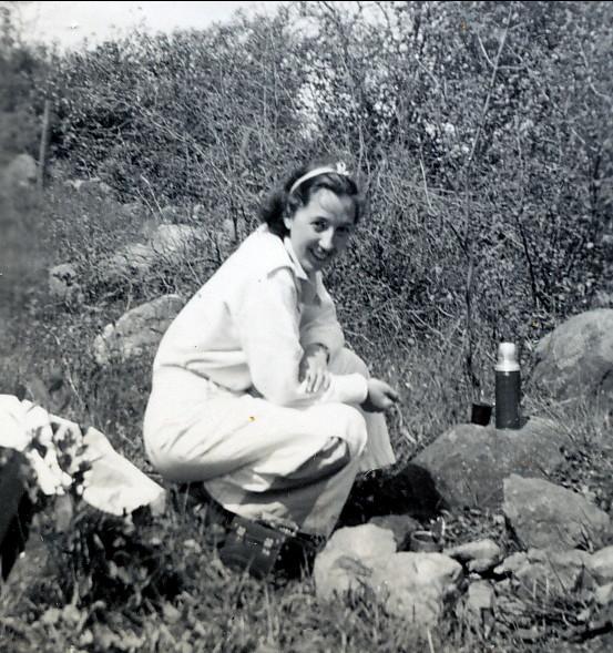 1936, Jeanne au Camp Bourbonnière à Lachute