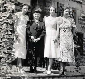 1938, Jeanne, Johanna (Moe), Gaby et Germaine de Kinder