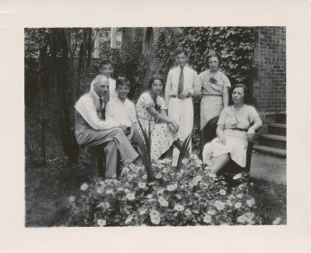 1938, approx famille de Kinder