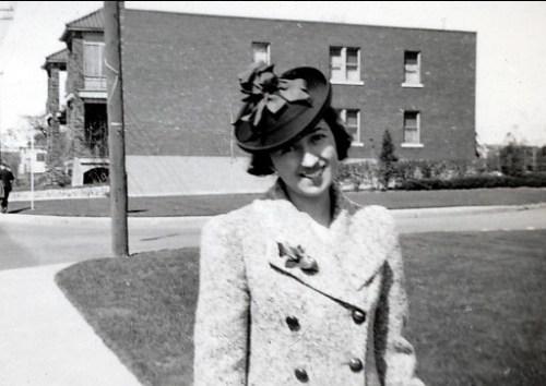1939, Jeanne de Kinder