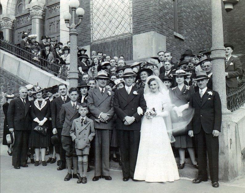 1940,-25-mai---Mariage-Henriette-et-Albert-Thivierge_r