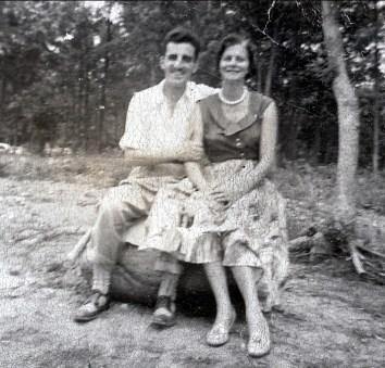 1940, approx Johnny et Laurette