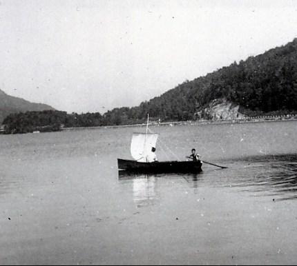 1940, Maurice et Louis de Kinder au lac Orford
