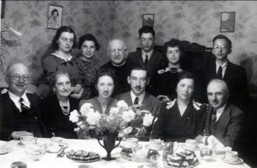 1941, avril, fiançailles de Jeanne et Jean-Paul