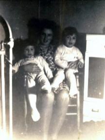 1943, Marc, Henriette et Paulette