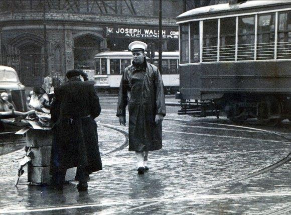 1945,-approx-Albert-avec-robineux-(2)_r