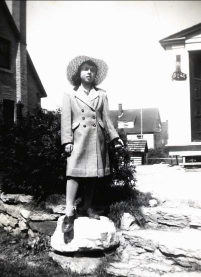 1949, Paulette