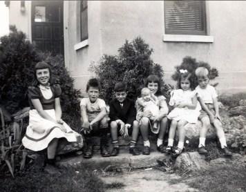 1950, Paulette et Marc Thivierge, Jimmy Sofio, Irène Thivierge, Hélèna Sofio et Bobby Thivierge