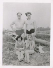 1950 approx Gaby, Gérard Bessette et amis