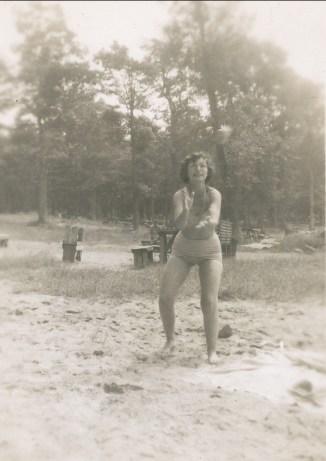 1950, approx Gaby sportive
