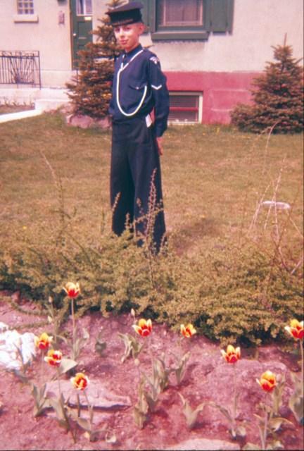 1956, Bobby cadet de la marine