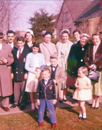 1957, François de Kinder, famille Sofio, Germaine de Kinder, Richard, Henriette, Irène, aunt Cecilia, Irène, Myrtle et bébé Claire