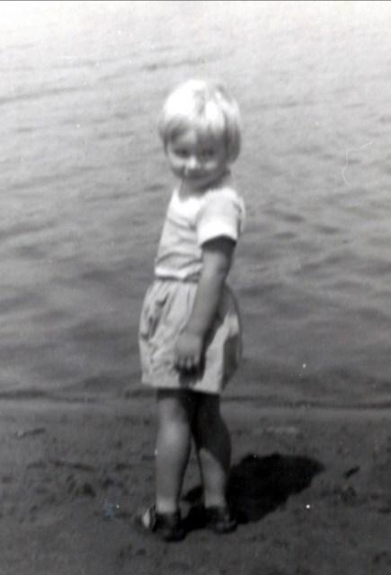 1957 approx Pou du ciel