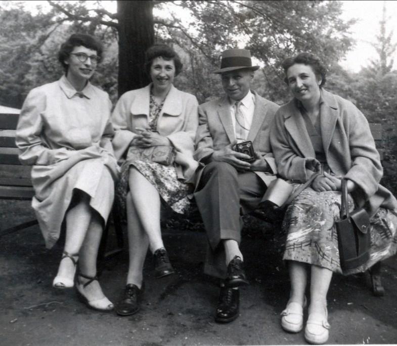 1958, Gaby, Jeanne, François, Henriette à Pittsburg
