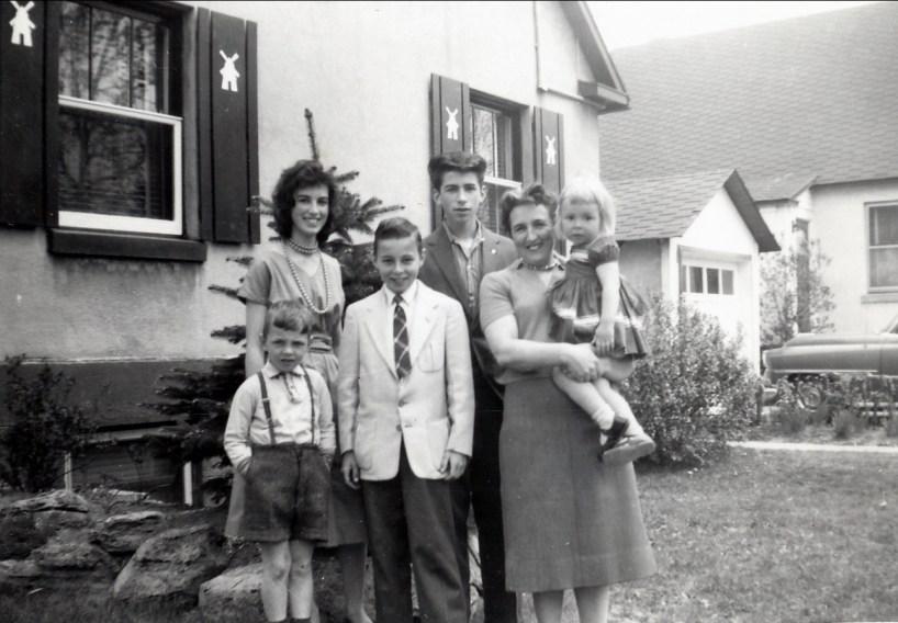 1958, av des Plaines - Richard, Irène, Bobby, Marc, Henriette avec Claire