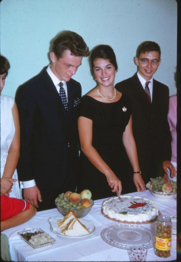 1963, départ; Pierre Drapeau, Irène et Bobby