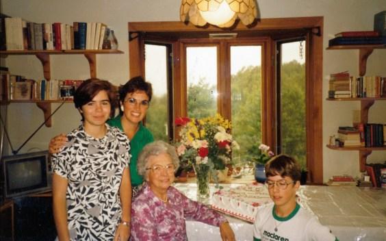 1986, Marie-Jo, Irène, Germaine et mark à Val David
