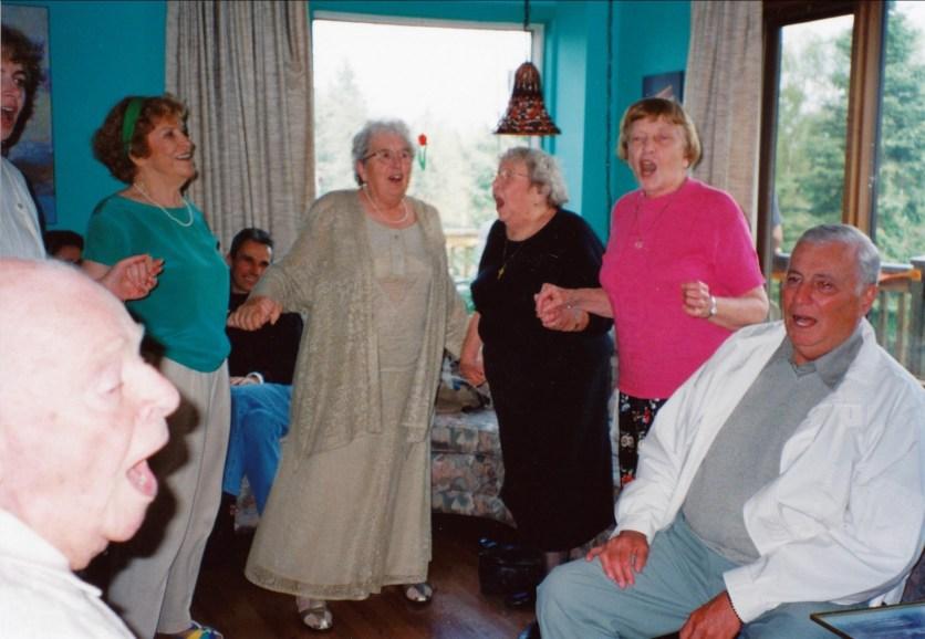 2000, 60e Claire Perreault, Henriette, Myrtle, Anna et Léo