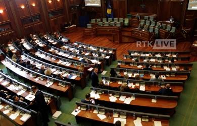 LIVE: Kuvendi nis debatin për kufijtë